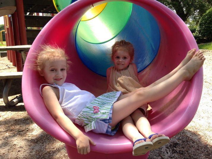 Enseñar a los niños a evitar a las personas extrañas