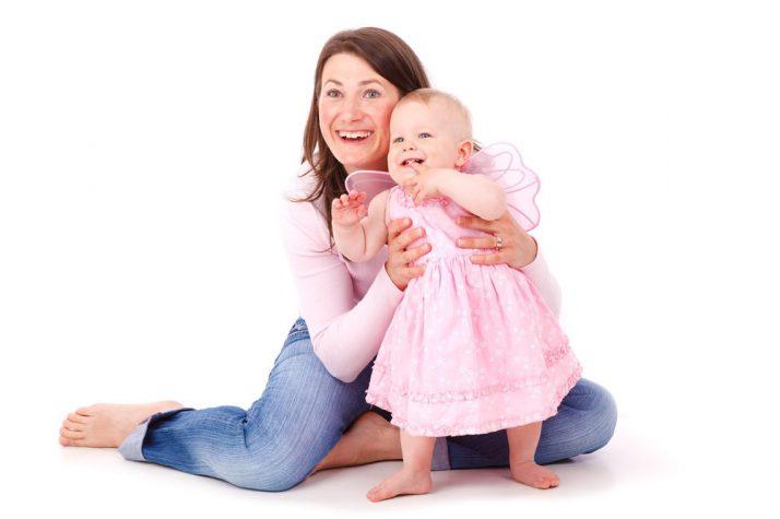 Las hormonas de la leche materna ayudan proteger la flora intestinal del bebé