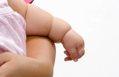 Relación entre obesidad y bebés lactantes