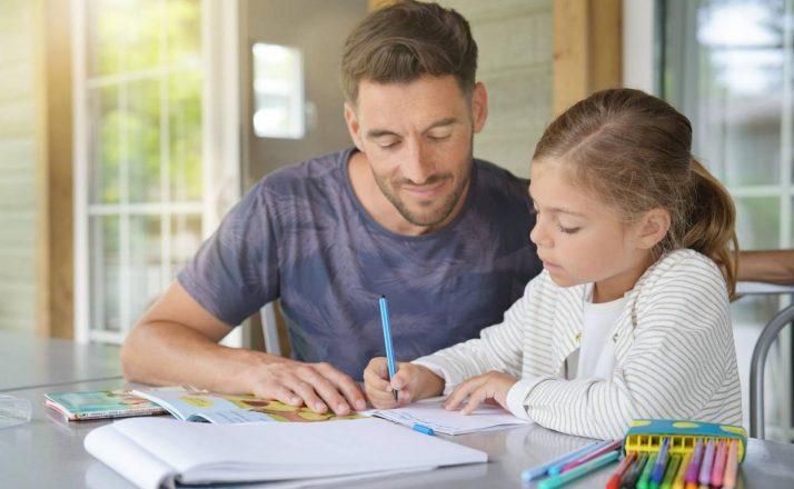 Cómo organizarme con las tareas de mi hijo durante sus vacaciones